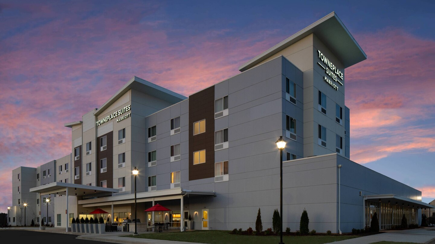 TOWNEPLACE SUITES, Clarksville, TN