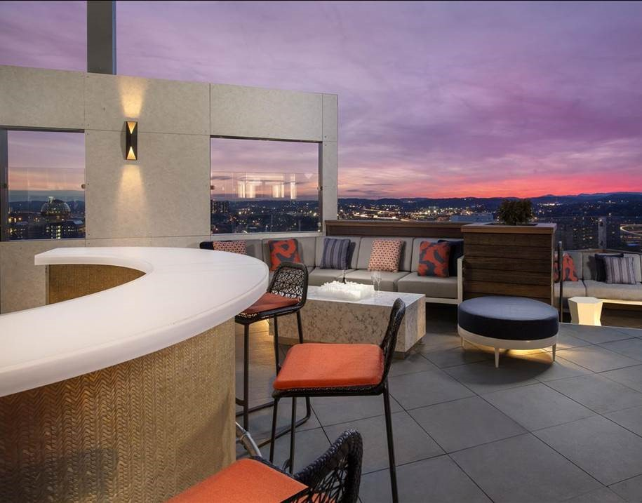 EMBASSAY SUITES, Knoxville, TN